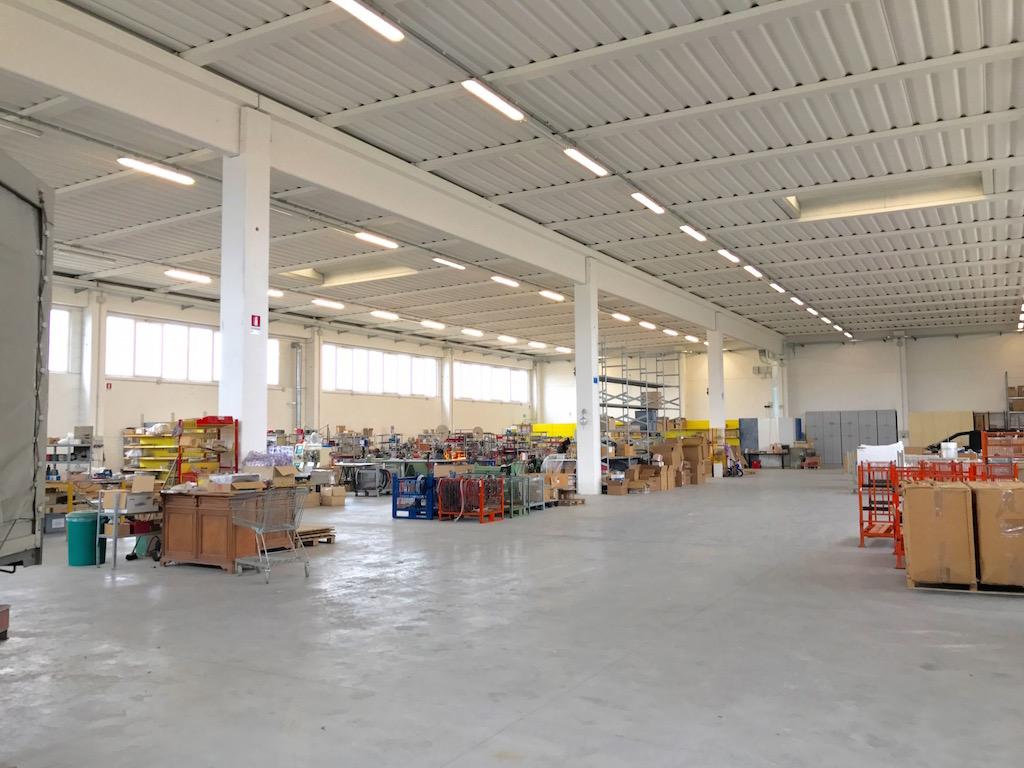 Capannone in vendita a Oppeano - Vallese - Villafo...