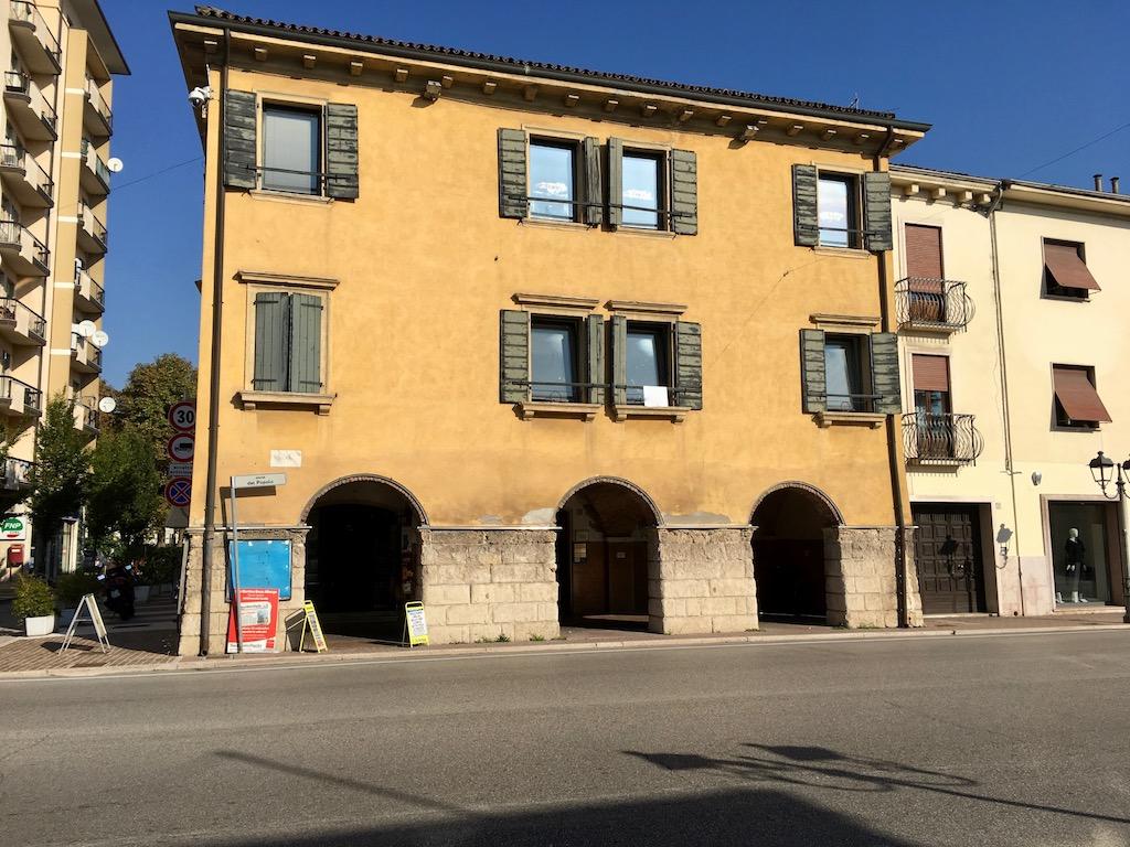 Ufficio in locazione a San Martino Buon Albergo
