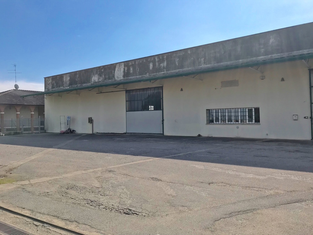 Capannone in locazione a Oppeano - Vallese - Villafontana