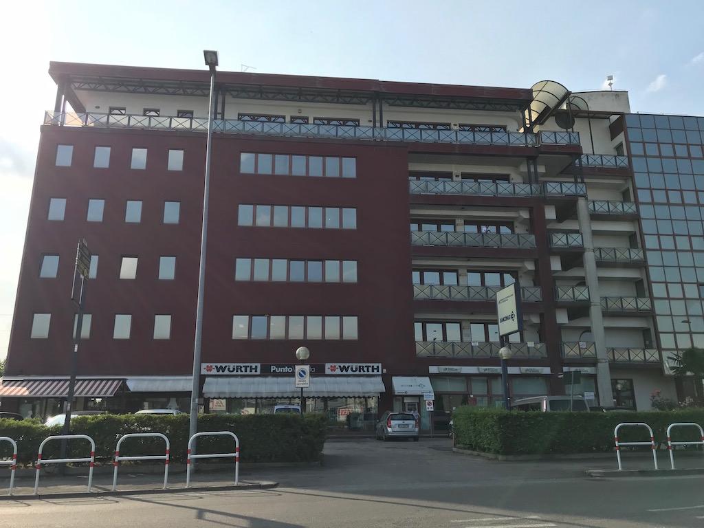 Ufficio in vendita a San Giovanni Lupatoto