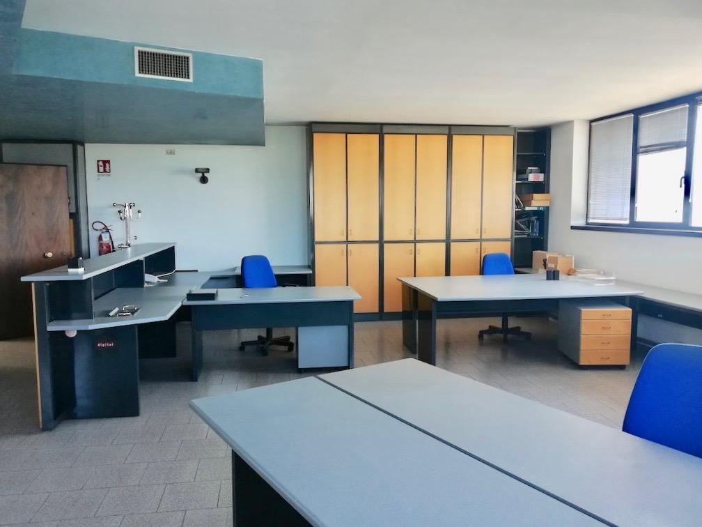 Ufficio in locazione a San Giovanni Lupatoto