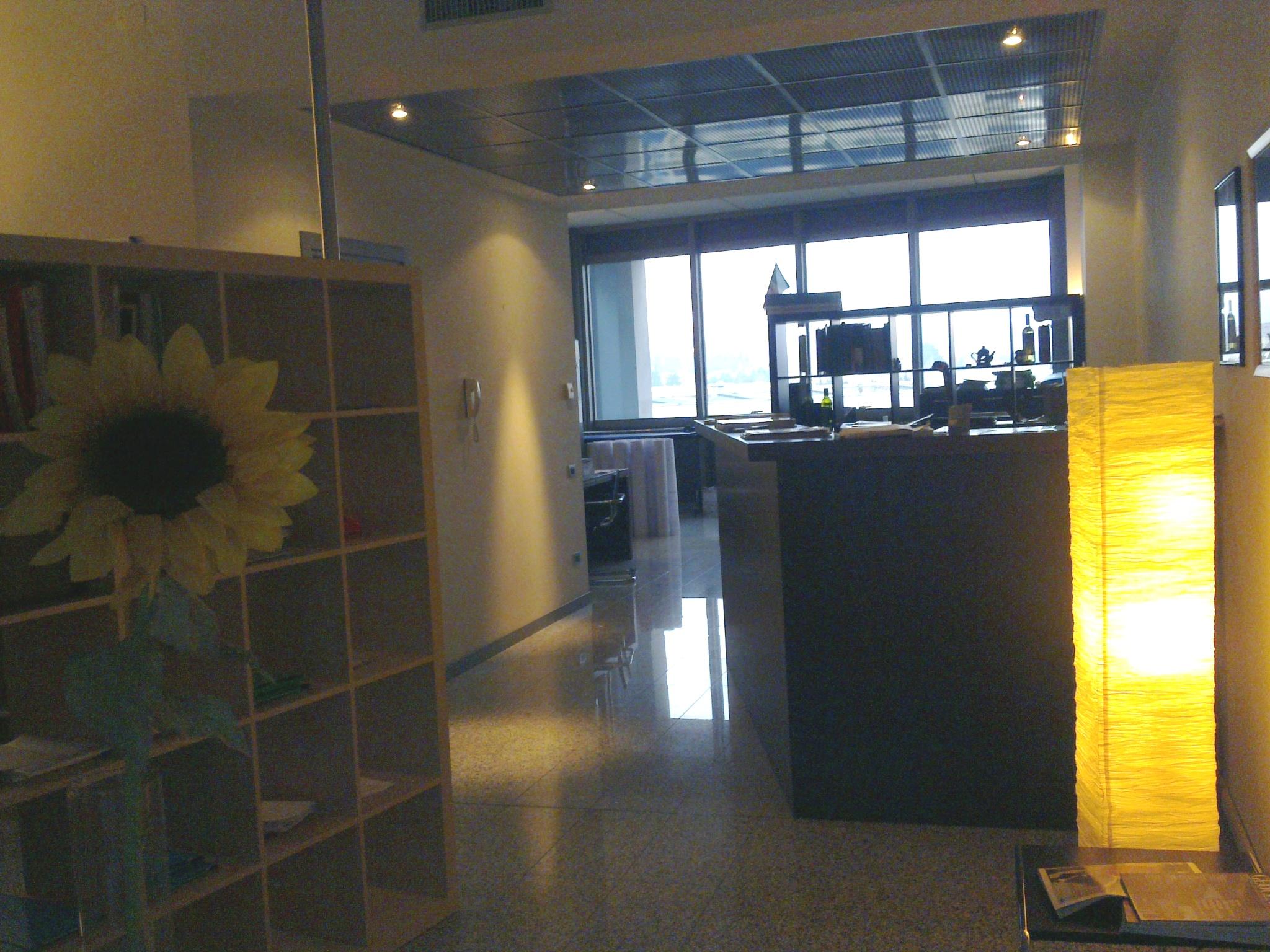 Ufficio in locazione a san martino buon albergo lunardi for Affitto san martino buon albergo arredato
