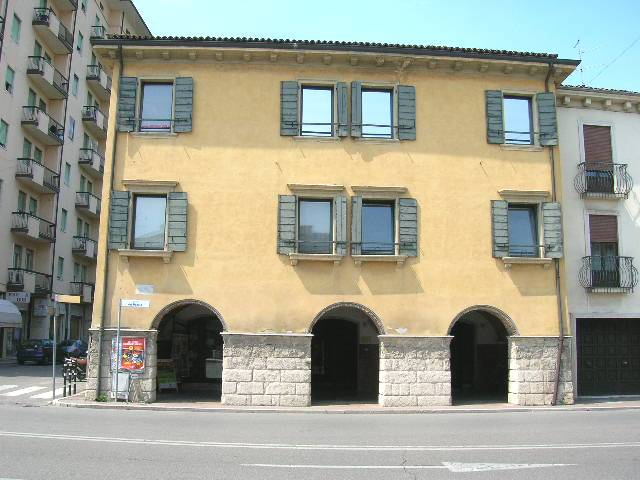 Ufficio in vendita a San Martino Buon Albergo